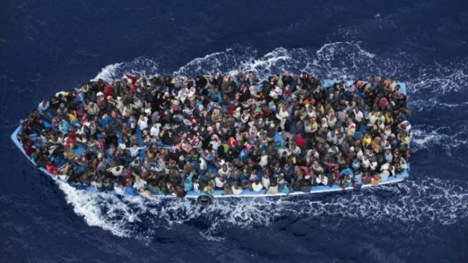 refugees_boat